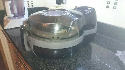 Tefal actifry 'family' very good condition used less than 5 time's!