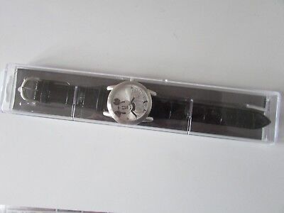 Mickey Mouse Disney Parks Watch Limited Release NEW UNOPENED