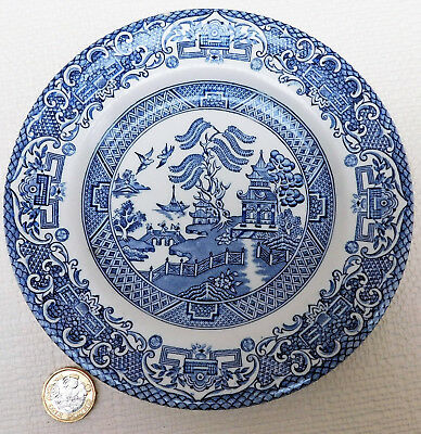 Vintage Willow Pattern side plate blue and white tableware 7 inch tea plate