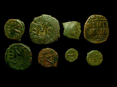 Lot of 8 Byzantine coins - Variety of denominations