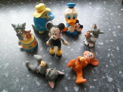 7 assorted toys plus Donald Duck squeeky toy, Paddington
