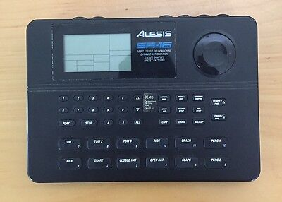 EX Alesis SR16 Classic Digital Drum Machine comes with power cord and manual
