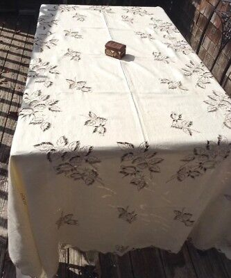 Antique Madeira Hand Embroidery Cut Work Linen Tablecloth Rosebud Pattern 70x103