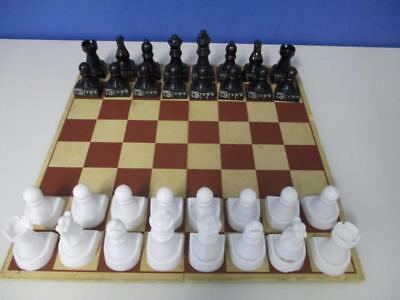 Beginners CHESS SET with TIMBER BOARD Large Plastic Marked Men with arrow Guides