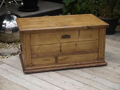 Lovely! Very Old Antique/ Victorian Pine Blanket Box Chest/trunk/table/storage