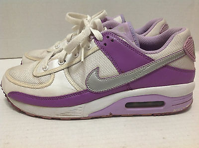 Nike Air - Youth / Girls Size 6 White With Purple Sneakers Running Shoes Great