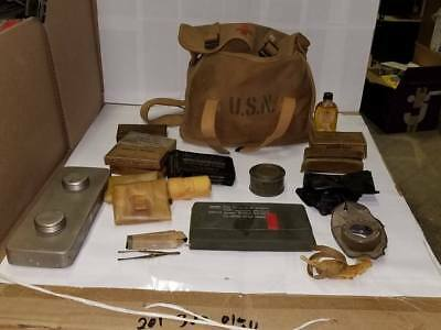 WWII USN CORPSMAN MEDIC BAG With all contents Canvas WW2 Navy Red Cross Amazing!