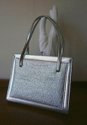 VINTAGE 1960s SMALL SILVER FAUX LEATHER & LUREX BAG SILVER METAL ELBIEF FRAME