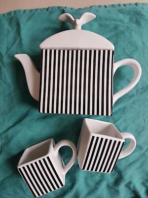 Teapot/Coffee pot with 2 cups