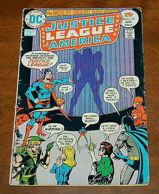 Justice League of America 117 Hawkman Returns to the JLA!  1975 VG 4.0