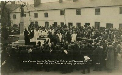 """WIRRAL EASTHAM - """"LADY VERNON PLACING WREATH AT WAR MEMORIAL - REAL PHOTO 1920s."""