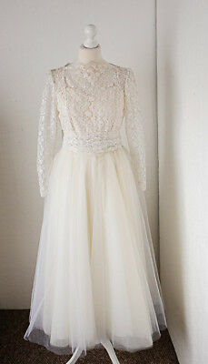 Vintage wedding dress 1950's size small - 6/8 lace arms & tulle ball gown skirt