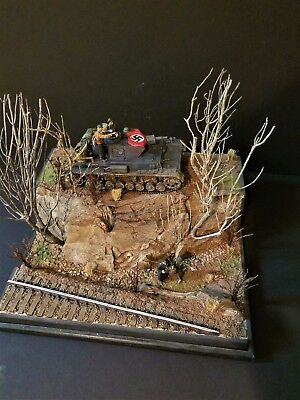 Pro built 1/35 German PzIV with Troops Dio