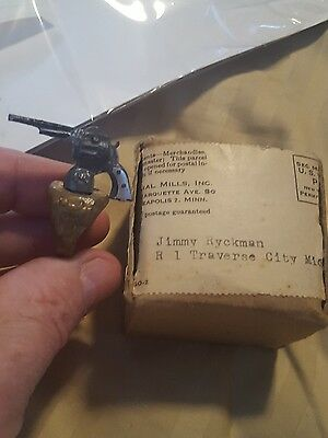 Vintage 1940S Lone Ranger Six Gun Premium Pistol Ring with box