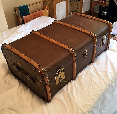 VINTAGE BENTWOOD STEAMER TRAVEL CABIN TRUNK with INNER TRAY