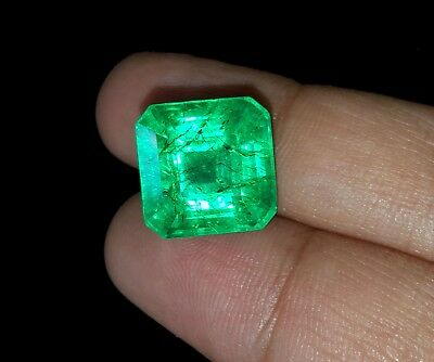 Excellent Square Shape 9.72 Ct Natural Certified Colombian Emerald