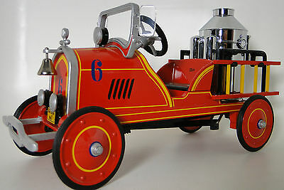 A Pedal Car 1930s Ford Fire Engine Red Show Truck T Vintage Midget Metal Model