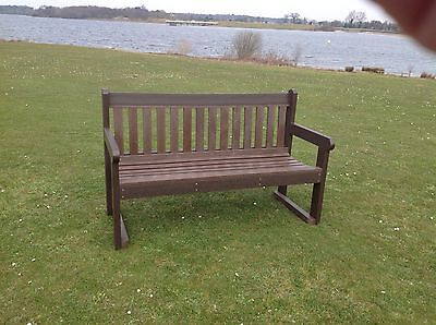 Simple Classic Park Seat Memorial Bench Outdoor 1.5M Brown 100% Recycled Plastic