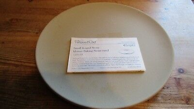 NWOT Pampered Chef 1375-03 Small Round Stone Stoneware Baker Plate *un-used*
