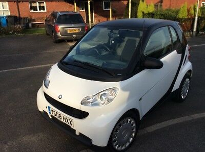 smart car 1.0 £30 road tax  60 mpg very low mileage