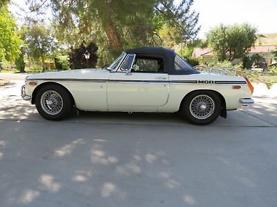 1972 MG MGB  1972 MG B  Convertable