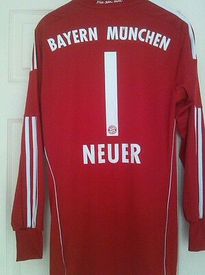 Bayern Munich 2013-2014 Adidas Away Red Goalkeepers Shirt, Neuer 1 Rare. Small