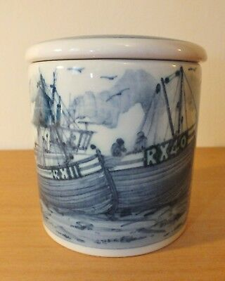 Iden Pottery Rye fishing boats pot with lid