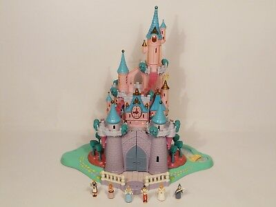 Disney Vintage-Polly-Pocket-Cinderella Light Up Castle  & FIGURES