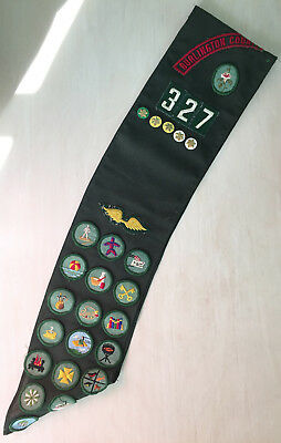 1970s Girl Scout Sash | Really Good Cond. | 23 badges, Brownie wings, 5 stars