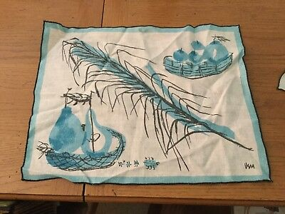 4 Vintage Vera Neumann napkins, 4 placemats,, blue fruit baskets, 4 ladybugs!!!