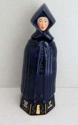 MULHER DO CAPOTE Passion Fruit Liqueur Figural DECANTER From Portugal