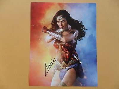 Gal Gadot 8x10 Autographed - 'wonder woman' Photo