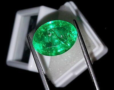 Oval Shape 10.32 Ct Marvelous Natural Certificate Colombian Emerald