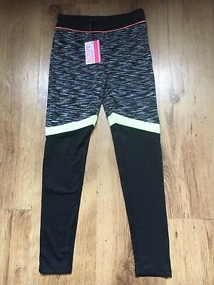 Girls BNWT Black And Lime Sports Primark Leggings Age 10-11 Years