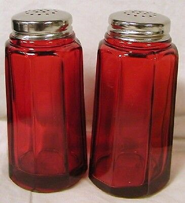 Salt & Pepper Shaker Set - Paneled - Red Glass - Mosser USA