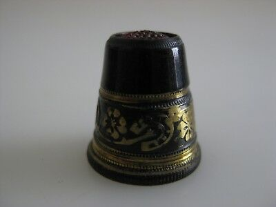 Metal Thimble Red Glass Top HORSEHOES Clover Shamrocks