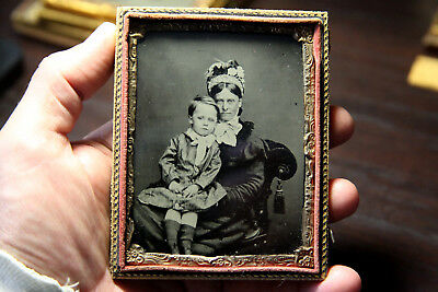 Ambrotype 1/4 plate Mother and Child nice image from Europe half case