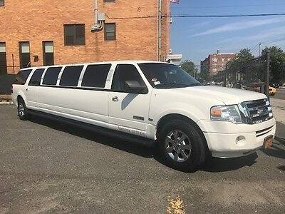"""2008 Ford Expedition  Ford Expedition Limo Limousine 140"""" Empire QVM"""