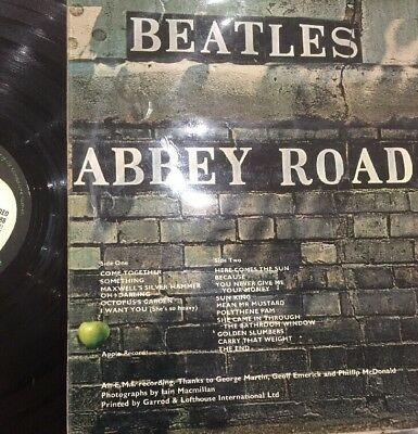 "The Beatles - ""Abbey Road"". 12"" Vinyl LP. 1969. RARE Misaligned Apple on cover"