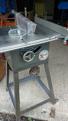 tilting Arbor table/bench saw 240v