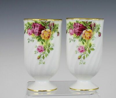 V Nice Royal Albert Old Country Roses Pattern Set Of Two Glasses Vases England