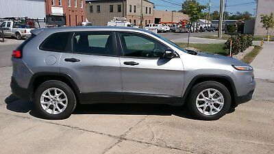 2014 Jeep Cherokee Sport 2014 Jeep Cherokee 4x4, one owner, excellent condition
