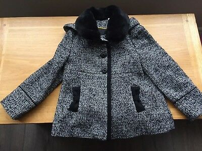 Cute Girls Winter Coat With Fur Collar Aged 5-6