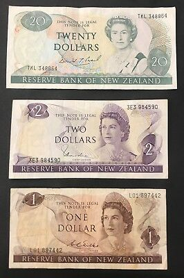 3 X New Zealand Banknotes - Australasia - 20, 2 + 1 Dollars.  (1387)