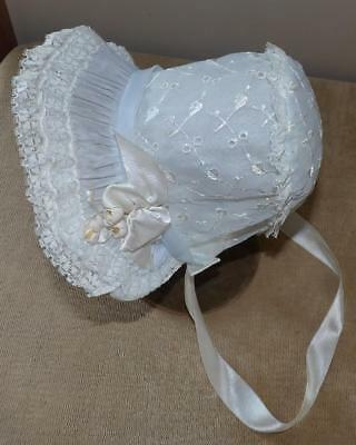 VTG 50s BABY GIRLS WHITE EMBROIDERY LACE CHRISTENING FANCY BONNET HAT NEW NOS 13
