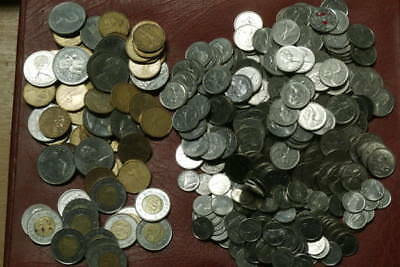 Canadian Dollars $141.00 In Current Coins Canada