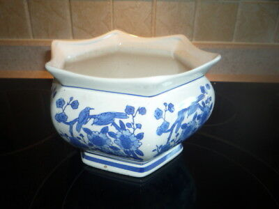 Chinese blue&white hand painted vase with Flowers and birds NCC!