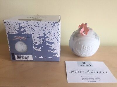 Rare Vintage Lladro 1997 Christmas Ball perfect with box 16442