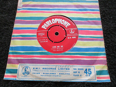 Beatles Love Me Do Lovely .Orig UK Parlophone  red label 7inch 45 V/G condition