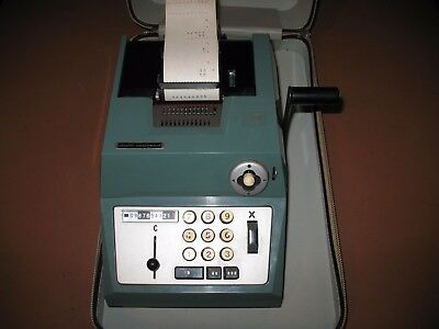 Vintage Antique Olivetti-Underwood Manual Adding Machine With Case